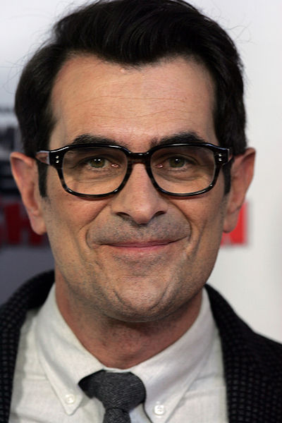 Picture of Ty Burrell, Phil Dunphy on Modern Family from Wikipedia 2014 via NickDrinks.com - Nick Britsky