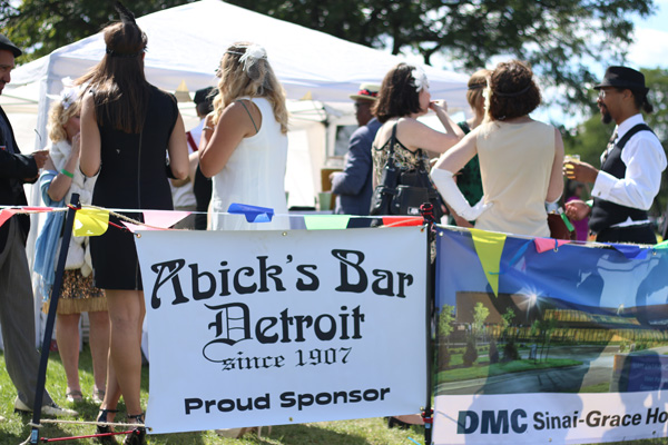 Abick's Bar Detroit @ The Detroit Gatsby Lawn Party 2015 - Nick Drinks Blog