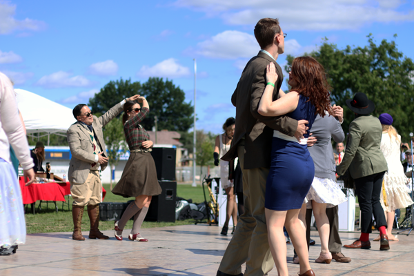 Dancing 2 @ The Detroit Gatsby Lawn Party 2015 - Nick Drinks Blog
