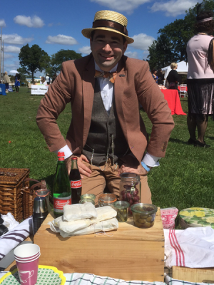 Me and the Picnic @ The Detroit Gatsby Lawn Party 2015 - Nick Drinks Blog