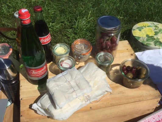 The Picnic Spread @ The Detroit Gatsby Lawn Party 2015 - Nick Drinks Blog